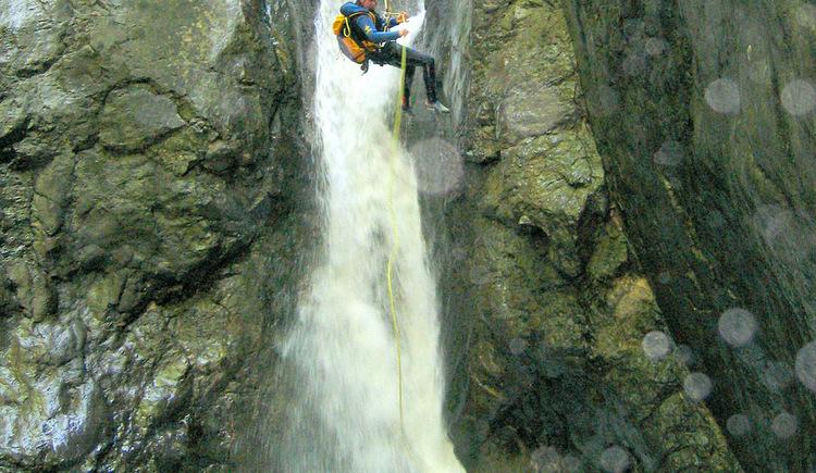 Canyoning - Fun in der Schlucht (© PRO_ADVENTURES)