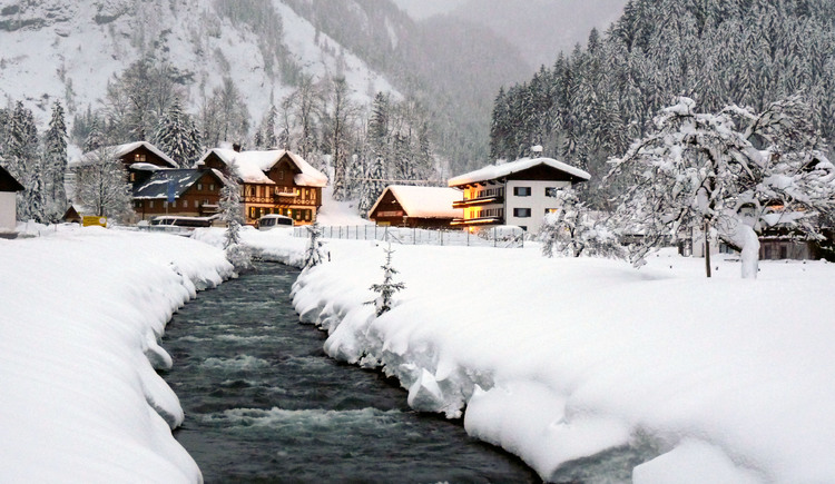 Winter landscape at hotel Gosauschmied. (© Hotel Gasthof Gosauschmied)