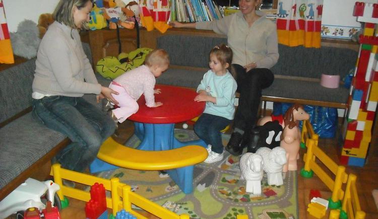 Kinderspielzimmer unweit der Gaststuben (© Berghof Sturmgut)