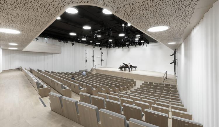 Großer Saal der Bruckneruniversität (© Simon Bauer)