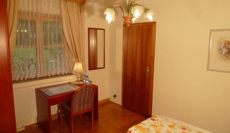 Bedroom 2_P1050504 (© Apartment Heidelinde)