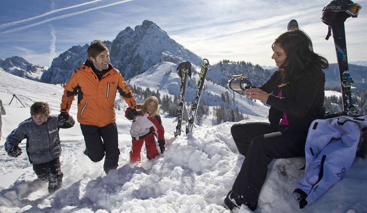 Stressfrei in die Skiregion Dachstein West