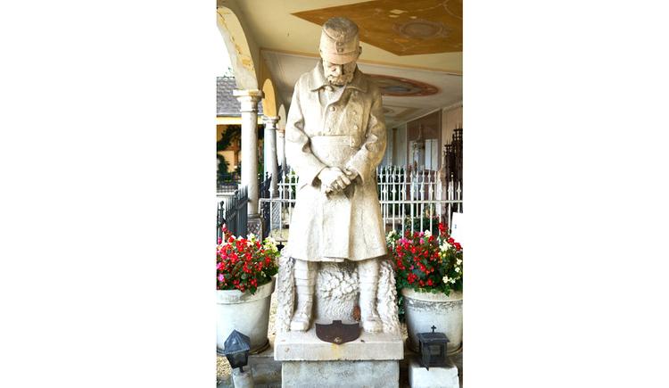 Blick auf die Statue