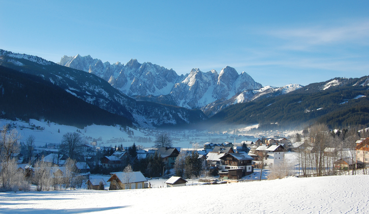 View on the valley of Gosau and the Gosaukamm.
