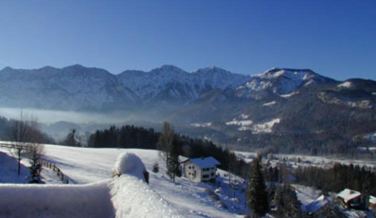 Traumhafter Ausblick auf die umliegende Bergwelt. (© Rehn)