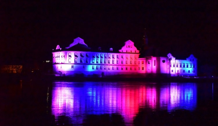 Lichtspiele Rundweg 2017  - Schloss Neuhaus (© Schärding Tourismus)
