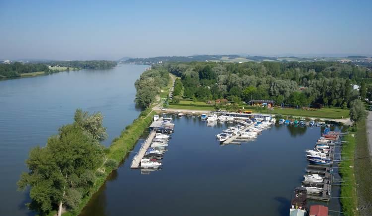 (© Camping Au an der Donau)