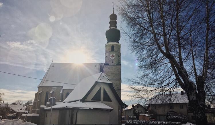 kirche-im-winter-gemeinde-weng (© Gemeinde Weng)