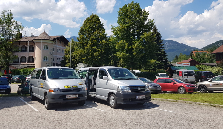 Taxiservice 4242 in Bad Goisern von Helmut Egger. (© © Dachstein Salzkammergut)
