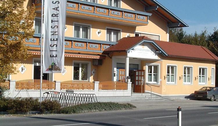 Außenansicht Leonsteinerhof. (© Latschenberger)