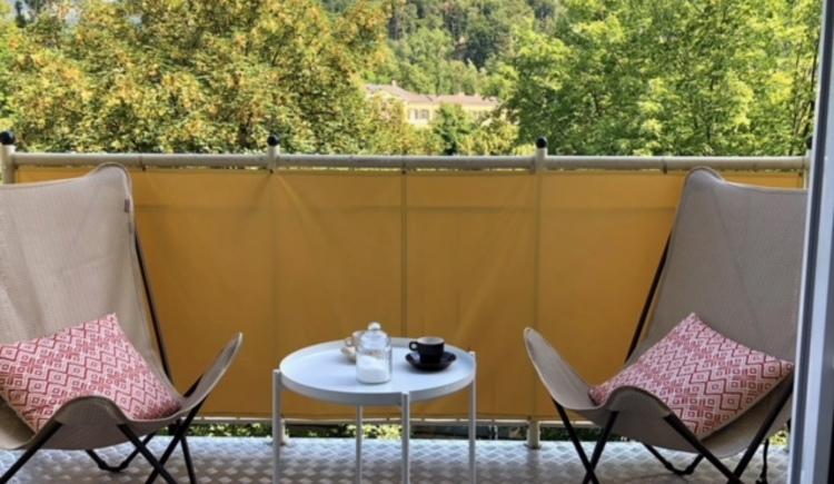 Balkon mit Aussicht auf die Kaiservilla