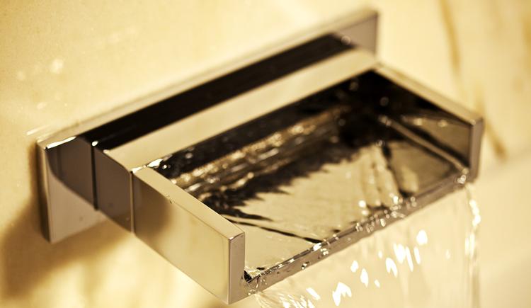 Breiter Wasserauslauf - Alternative zum Wasserhahn
