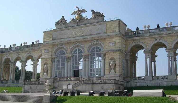 Wien Gloriette im Schlosspark Schönbrunn (© Paul Zettl)