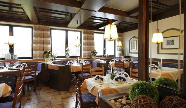 Gaststube (© Hotel-Restaurant Böhmerwaldhof)