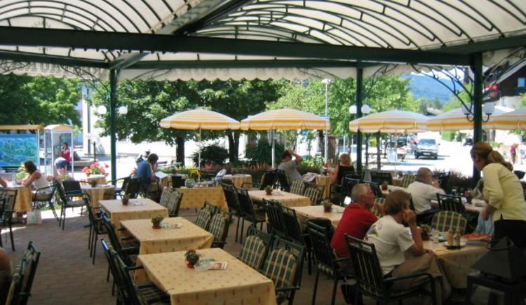 Terrasse (© Frauenlob, Café Flora)