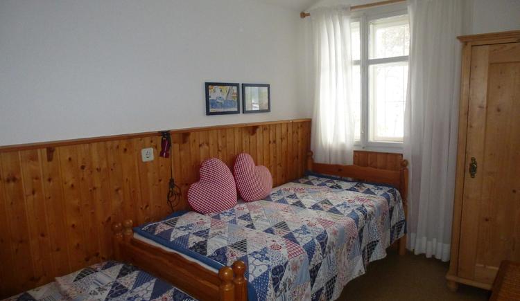 Ferienhaus Rosalinde - Kleines Schafzimmer mit Einzelbetten