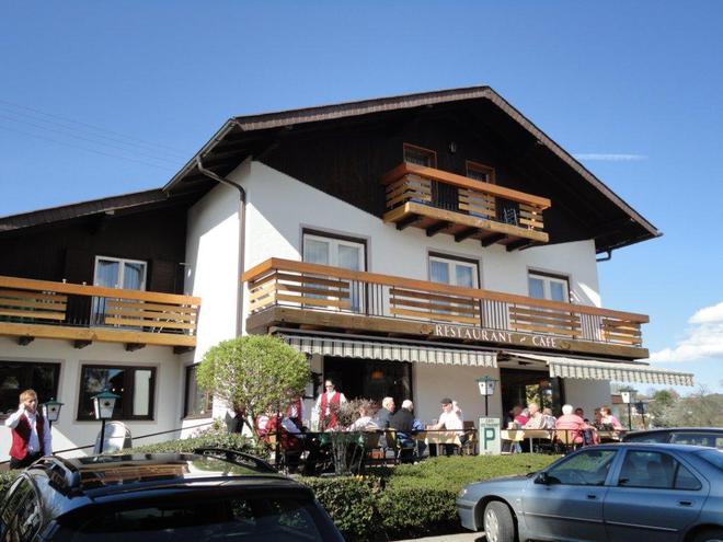 Restaurant Kalleitner (© Ferienregion Attersee-Salzkammergut)