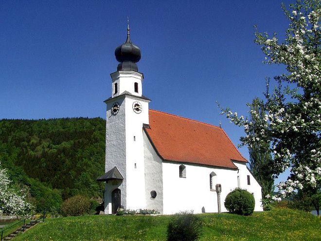 Filialkirche-Pyrawang.jpg