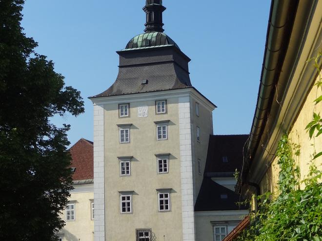 Schloss Puchheim mit Kloster und Georgskirche