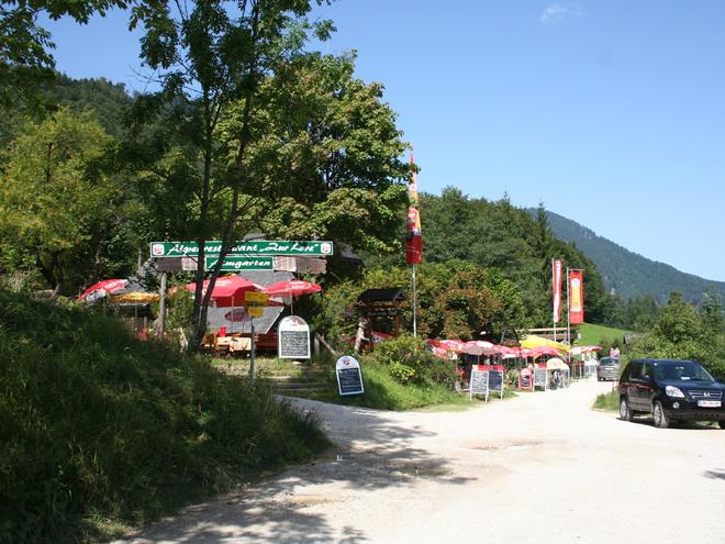 Ziel erreicht, 2 Gaststätten am Schwarzensee (© Manfred Grabner)