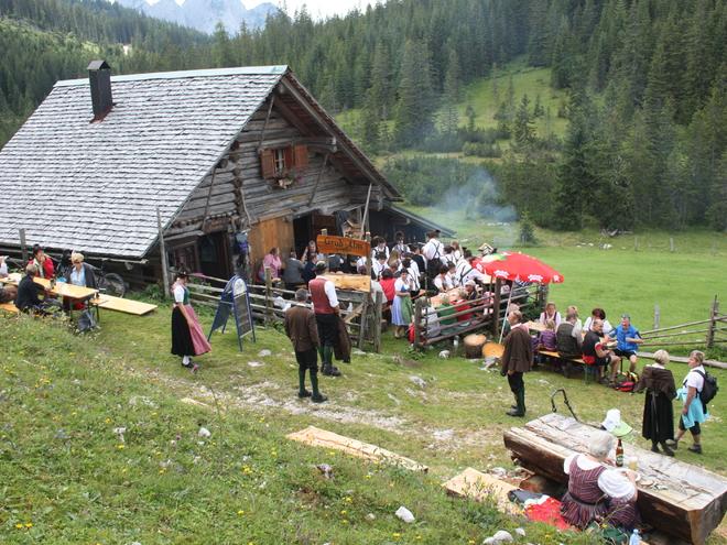Triamer Hütte (© Grill Elisabeth)