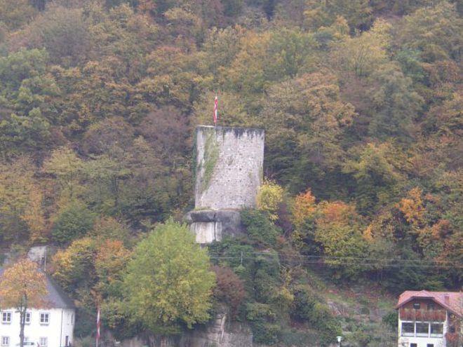Rundturm-in-Sarmingstein.jpg