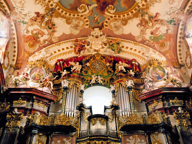 Wilhering: Stift Wilhering - Kirche mit Orgel (© OÖ.Tourismus/Fersterer)