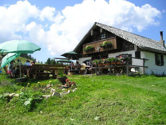 Lanznhütte am Faistenauer Schafberg (© Lanznhütte)