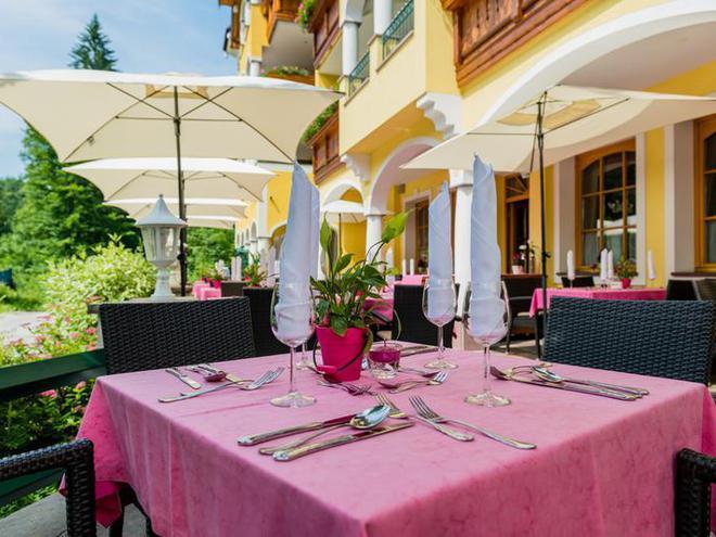 Gastgarten (© Hotel Landgasthof Fischerwirt Faistenau)