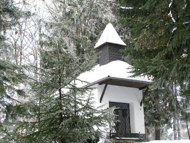 Kalvarienberg und Drosselstein (© Privat)