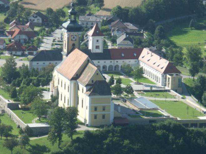 Blick auf Waldhausen (© Marktgemeinde Waldhausen im Strudengau)
