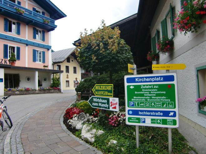 Kirchenplatz St. Gilgen (© WTG)